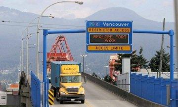 Port Metro Vancouver-truck-Centerm.Overpass