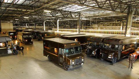 UPS staff, government officials, media and other guests decended upon Vaughan, Ont. this morning, to celebrate the grand opening of the courier's new $72 million distribution centre expansion.