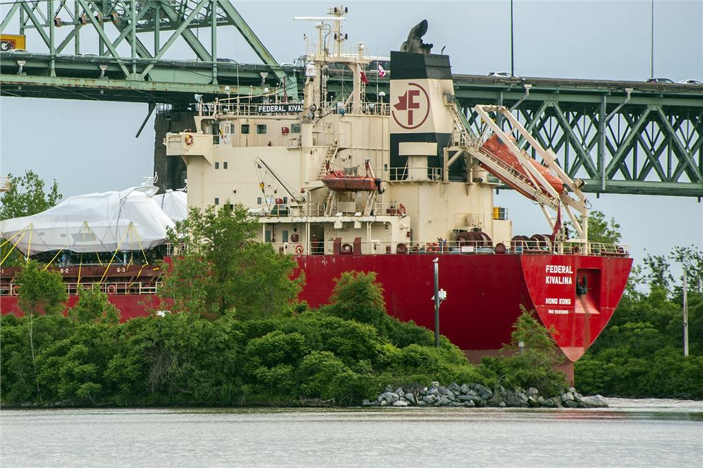 Federal Kivalina enters St. Lawrence Seaway as part of regular Fednav FALLine service between northern Europe and the Great Lakes. Photo: Gilles Savoie
