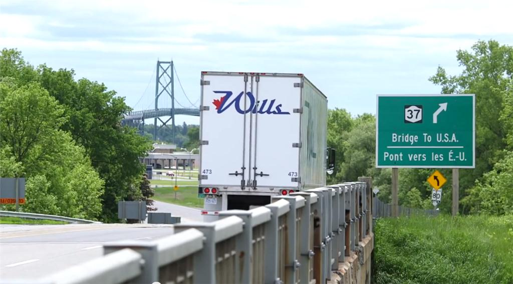 Bridge to the US at Ogdensburg