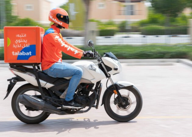 motorcycle delivery rider